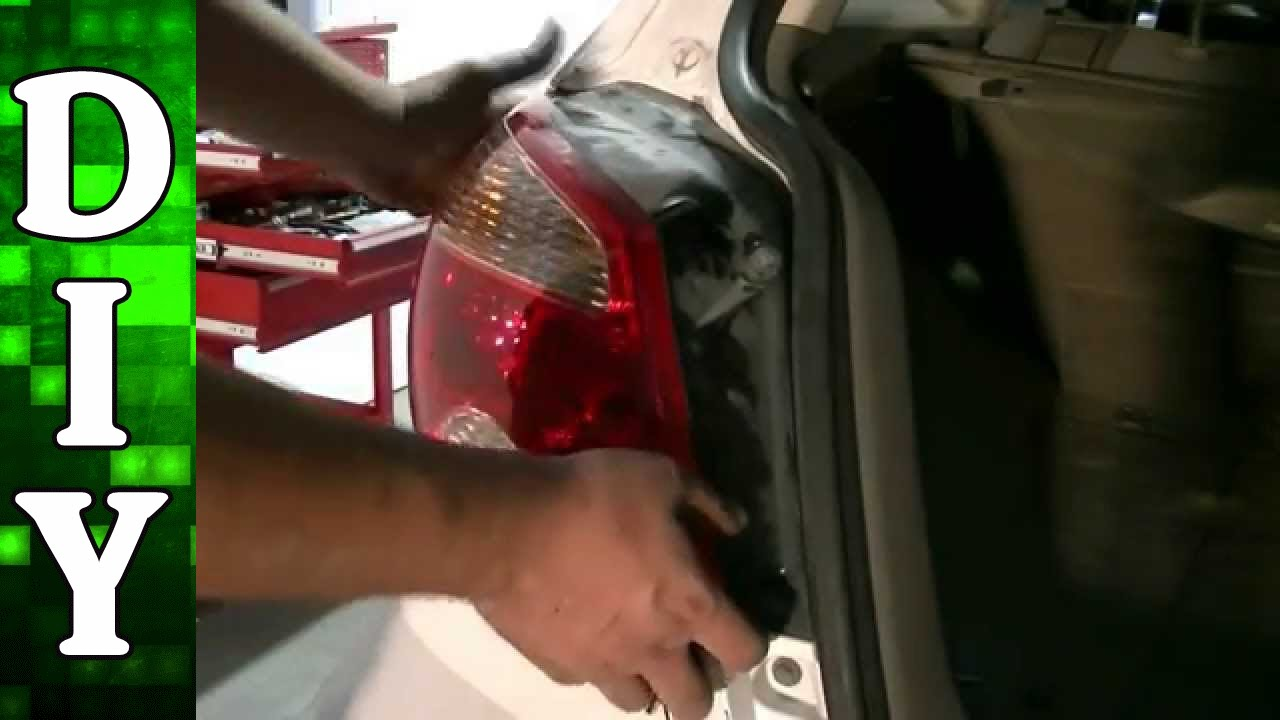 How To Remove And Replace A Brake Light Bulb 03 06