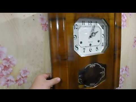 Часы  настенные механические СССР с боем часов и четвертей часа
