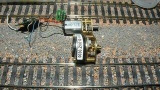 Trains miniatures - micro moteur sous alimentation digitale