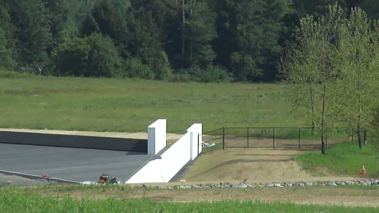 united flight 93 Watch video  a real-time account of the events on united flight 93, one of the planes hijacked on september 11th, 2001 that crashed near shanksville,.