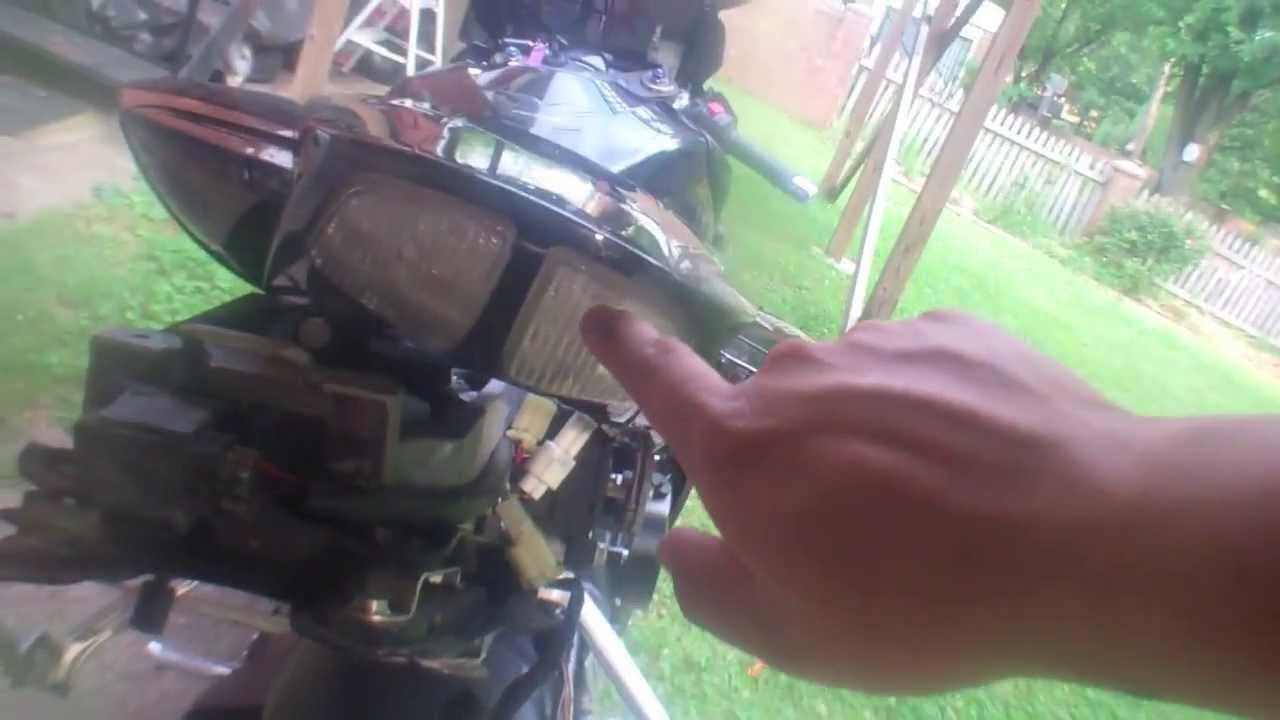 installing smoked integrated rear brake light on k7 gsxr  [ 1280 x 720 Pixel ]