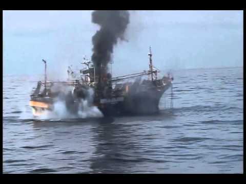 расстрел рыболовного судна