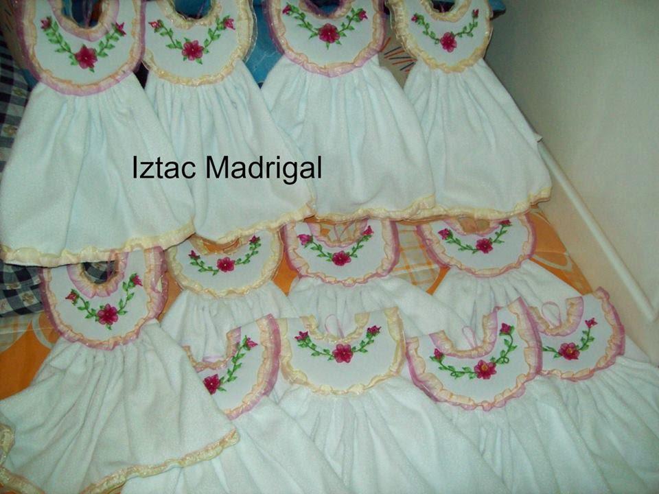 101 vestidos toalleros para cocina del grupo el arte - Colores para pintar una cocina ...