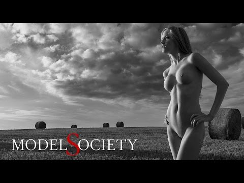 How to take naked pictures with nude art models: Hay Fever by Thomas Holm and Lisa