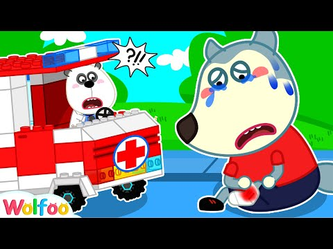 Ambulance Rescue Team | Fire Truck, Police Car |Compilation Wolfoo Playing Professions with Toy Cars