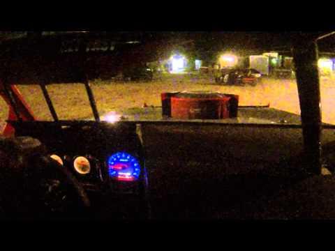Slick Vic B Main part 3 Madras Speedway 5 8 15 004