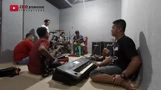 Download Video Om Adella Latihan +. guyonan MP3 3GP MP4