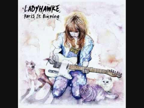 Ladyhawke - Paris S'enflamme