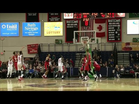 Kennedy Meeks Posts 14 points & 12 rebounds vs. Maine Red Claws