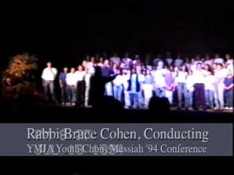 Rabbi Bruce Cohen Conducts YMJA Youth Choir