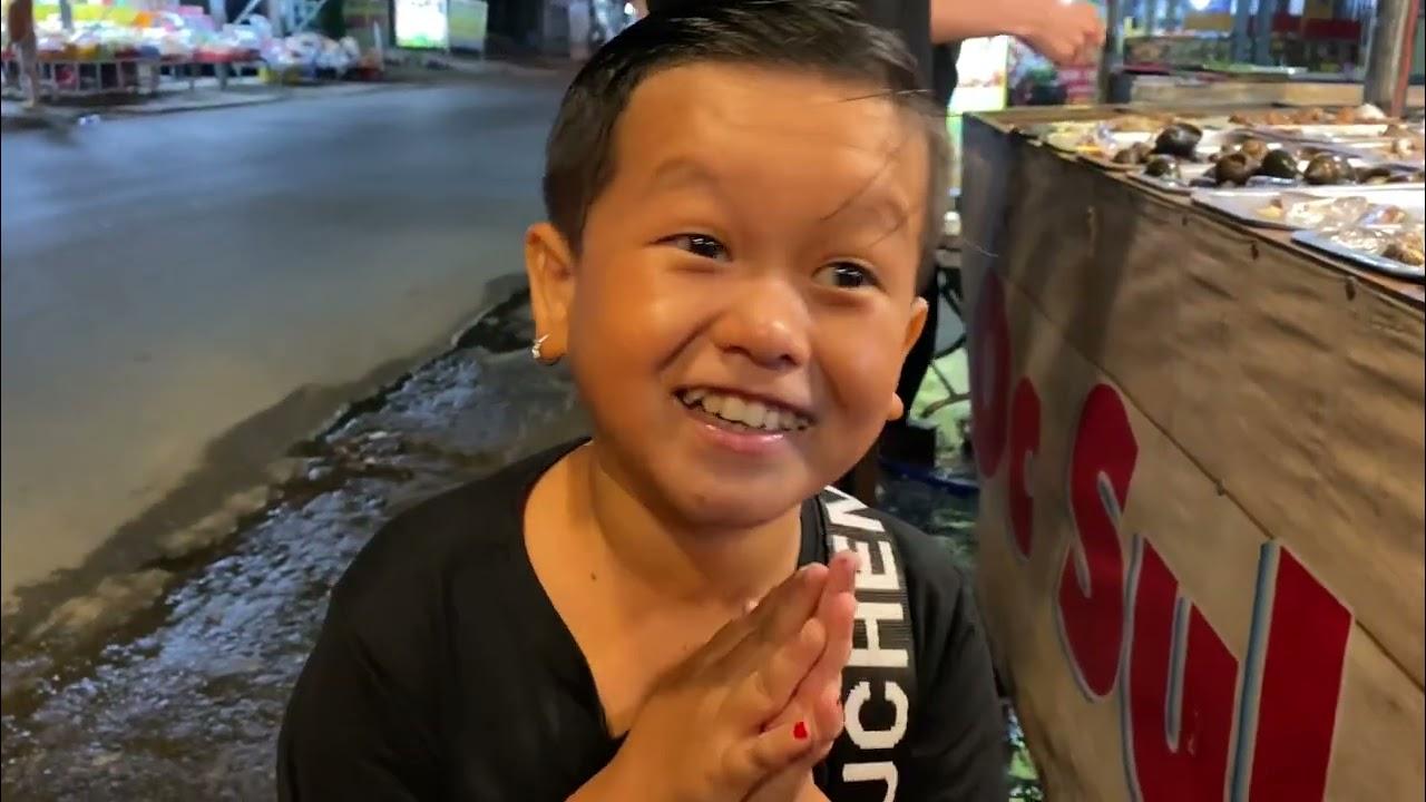 Huy Tí Hon từ Long Thành tới nhà Cô Chủ Nhỏ chơi