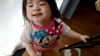 1歳4ヶ月の娘が急にこんなことをするようになりました...。