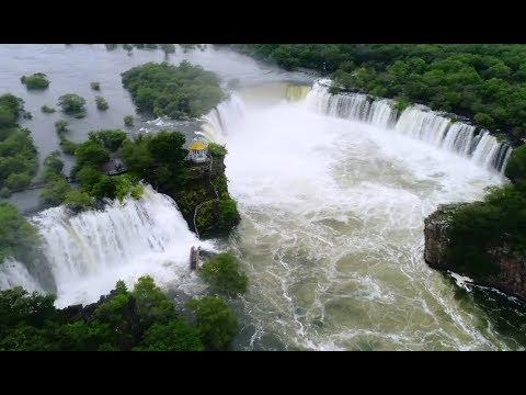 Northeast China Sees Rare Horseshoe shaped Waterfall