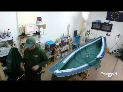 Lake Constance Canoes Workshop Livecam - Preparations for resin infusion