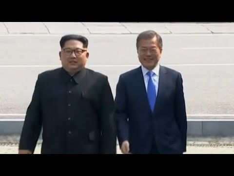 Korean leaders Kim Jong Un, Moon Jae-in meet for historic summit