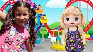 Maria And Doll  Pretend Play in the Amusement Park! ♥ Maria Clara Brincando de Boneca no Parque