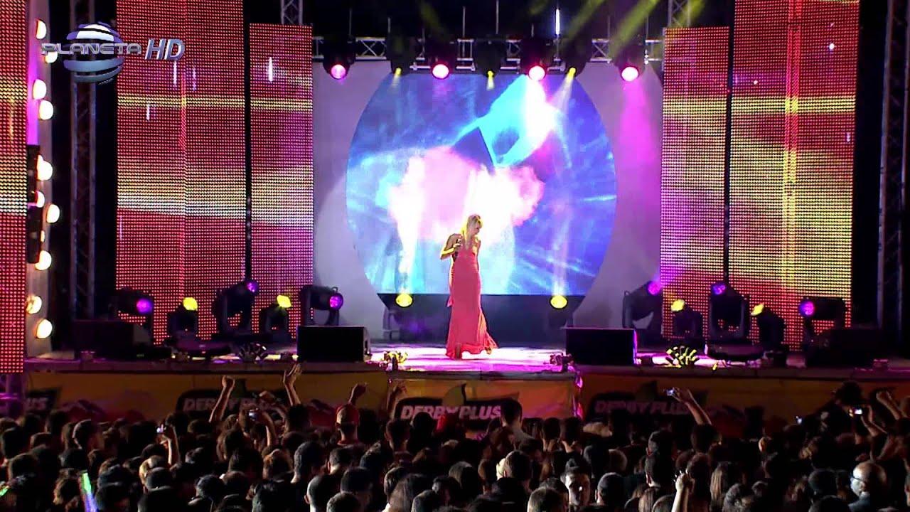 TONI DACHEVA - BEDNI I BOGATI / Тони Дачева - Бедни и богати, live  2010