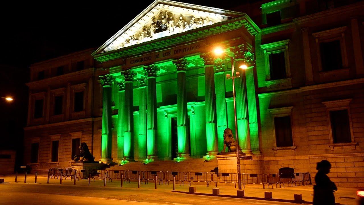 El Congreso y Cibeles se tiñen de verde por el Día Mundial del Farmacéutico