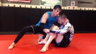No gi butterfly guard passes from the knees-Gracie South Jiu Jitsu