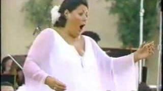 Margaret Price sings Bel raggio lusinghier (Semiramide)