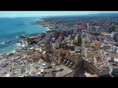 "Monopoli in 4K -  ""In the heart of Puglia"" - ( with English subtitles )"