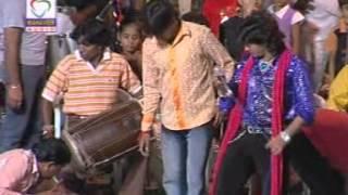 Kem Kari Bhulay - Halo Garbe Ramade Vikram Thakor Part 1