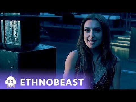 Mozhdah - Hat Idak feat Absolute حط إيدك بإيدي (Official Video)