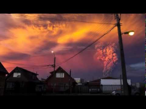 Evacuation as Calbuco volcano erupts in Chile