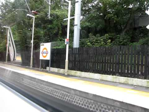 North London Line - London Overground - Brondesbury to Finchley Road & Frognal
