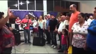 FALSO APÓSTOL MATÍAS MOHE:UNCIÓN DEL CIGARRILLO.