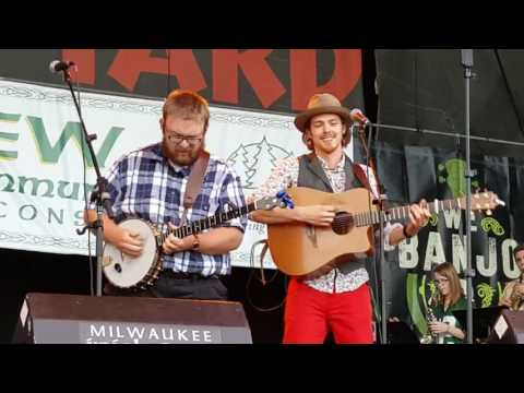 Rory Modlinski with We Banjo 3 at Milwaukee Irish Fest 2016
