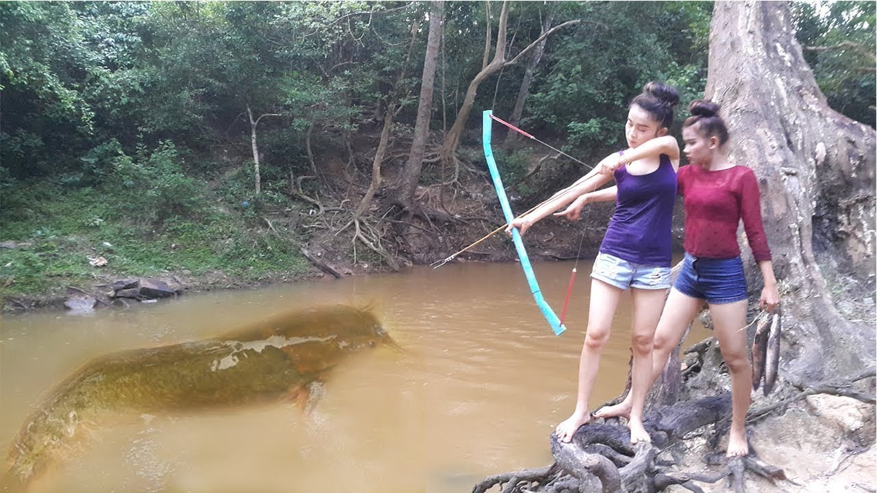 Amazing Girl Uses PVC Pipe Compound BowFishing To Shoot Fish - Khmer Fishing At Siem Reap Cambodia | sharetofb.com & Amazing Girl Uses PVC Pipe Compound BowFishing To Shoot Fish - Khmer ...