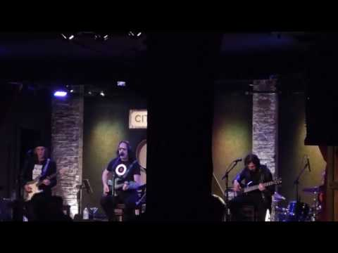 Todd Rundgren - Steve Bannon Rap ~ The Walls Came Down 3-7-17 City Winery, NYC