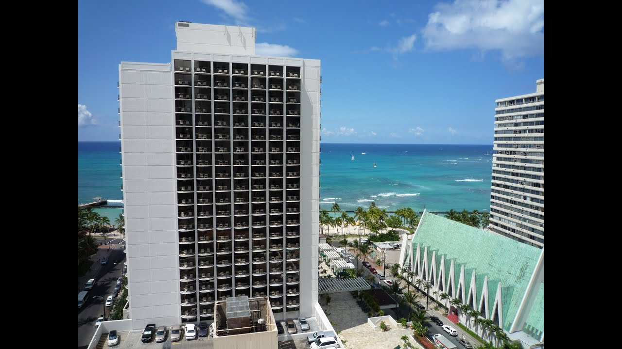 Waikiki Beach Marriott Resort Spa Review