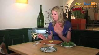 Vienna Schnitzel, Austria - Unravel Travel Tv