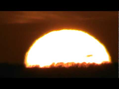 solar flare 2012 misses earth - photo #40