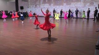 Спорт - бальные танцы для детей в одиночку. Турнир