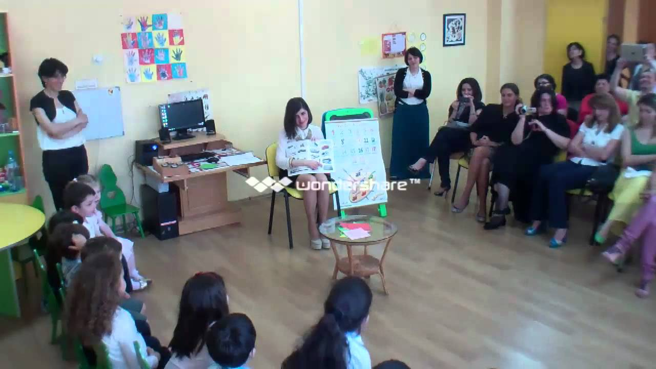 English Lesson 3 4 Years Old European School Kindergarten Youtube