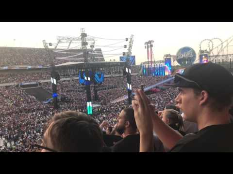 Wrestlemania 33 Opening - Live in 4K