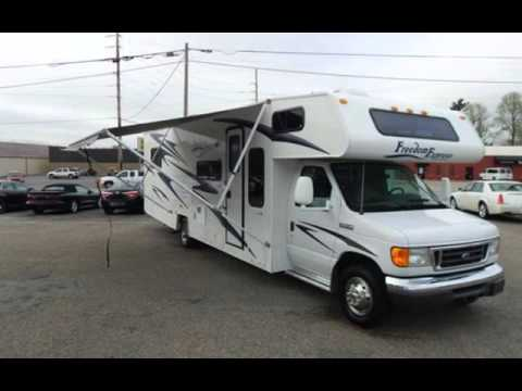 2008 Coachmen Freedom M-31SS for sale in Angola, IN
