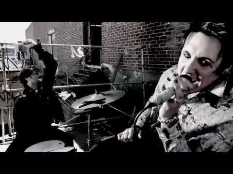Papa Roach - Kick In The Teeth - music video (@paparoach)