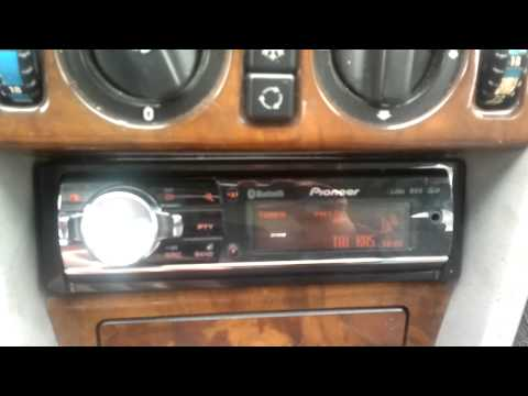 Pioneer DEH 8400-BT (save the radio stations)