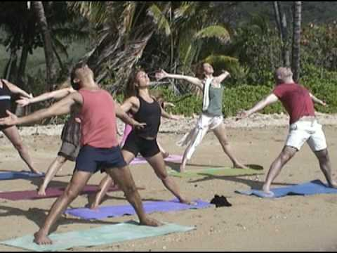 Yoga retreat Mateo in Hawaii