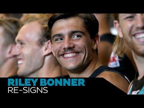 Riley Bonner re-signs