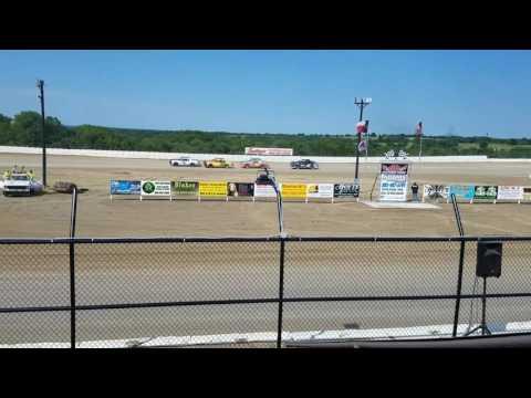 Grayson county speedway factory stock 6-25-17 Heat 2