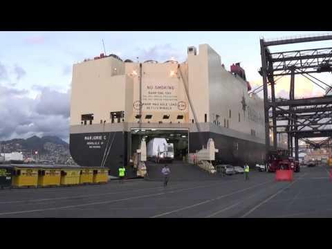 Unloading of Car - Hawaii
