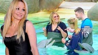 Loana (Les Anges 9) répond à Pamela Anderson et défend le parc aquatique Marineland !
