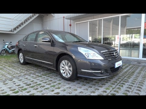 2011 Nissan Teana 250XV V6 Start-Up and Full Vehicle Tour