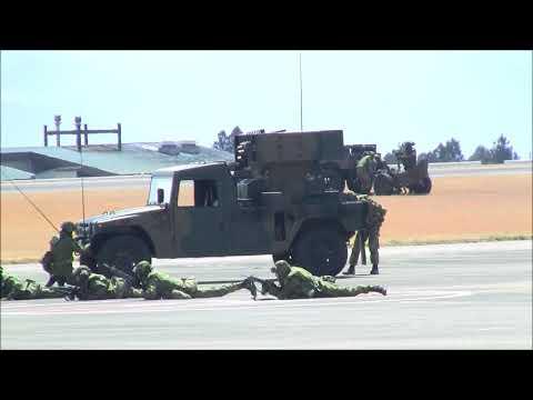 第12旅団記念行事 模擬戦闘訓練展示