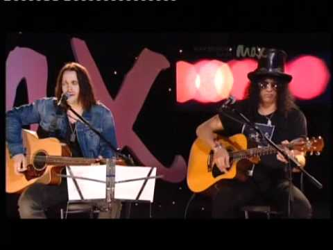 Slash & Myles Kennedy MAX Sessions – By The Sword